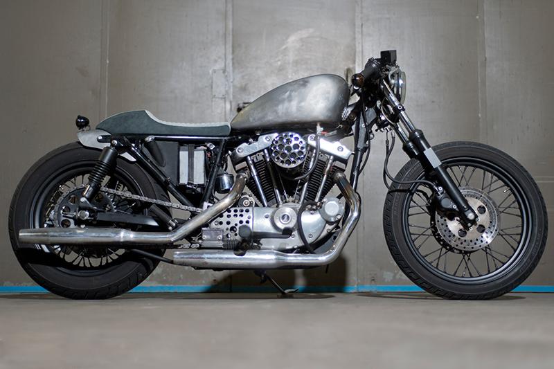 harley-sportster-ironhead-cafe-racer-dr-mechanik-3
